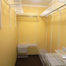 Варианты гардеробной комнаты