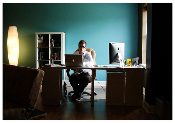 Як організувати ефективне робоче місце вдома?