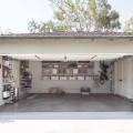 Крючок на дверь для направляющей - Применение в гаражe
