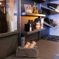 Полка наклонная - Применение в гардеробной