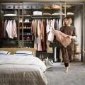 Выдвижная меш-корзина 450мм, графит - Применение в спальне