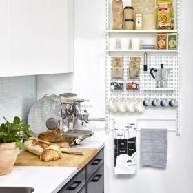 Полиці для зберігання в кухні