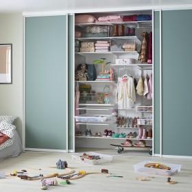 Дитяча кімната. Шафа-купе