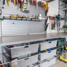 Система зберігання в гаражі